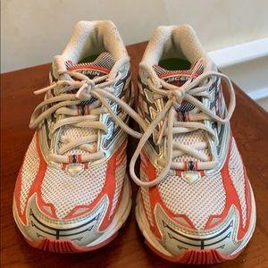 Brooks Glycerin Womens Running Sneakers